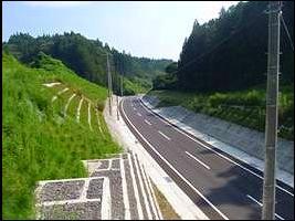 中野トンネル北口上部より